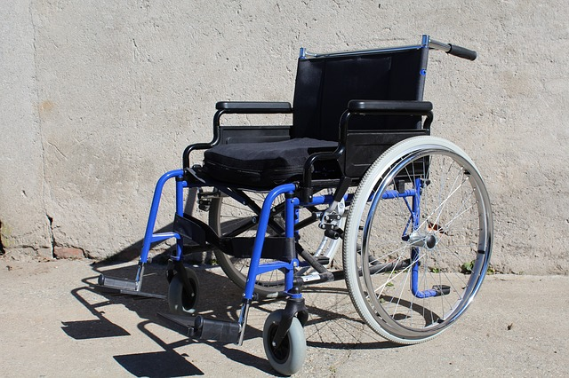 wheelchair-682989_640