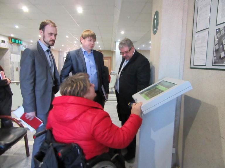 Большинство нижегородцев видят положительные изменения в доступности городских объектов для инвалидов