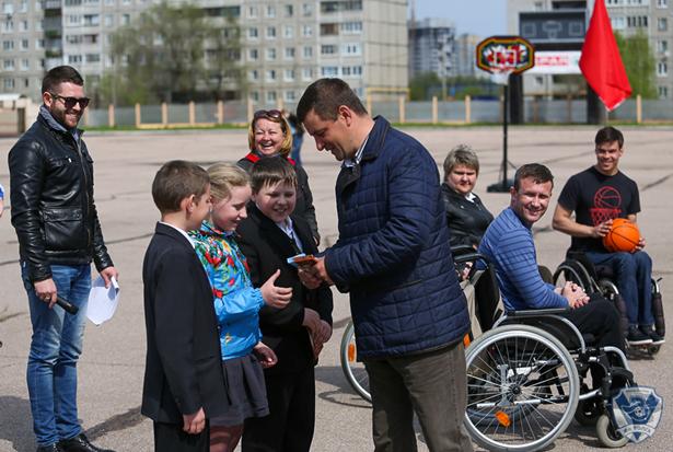 в Нижнем Новгороде на стадионе «Старт» прошел День параспорта