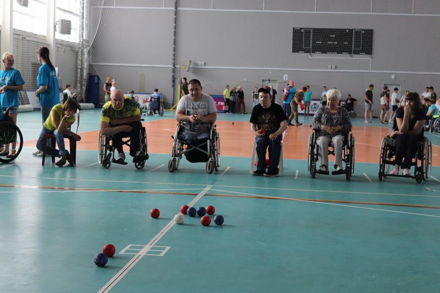 Соревнования лиц с инвалидностью по бочча и новусу прошли в Нижнем Новгороде.